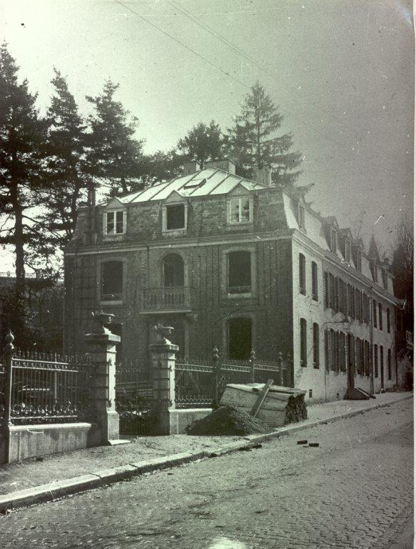 old photo of villa denoailles