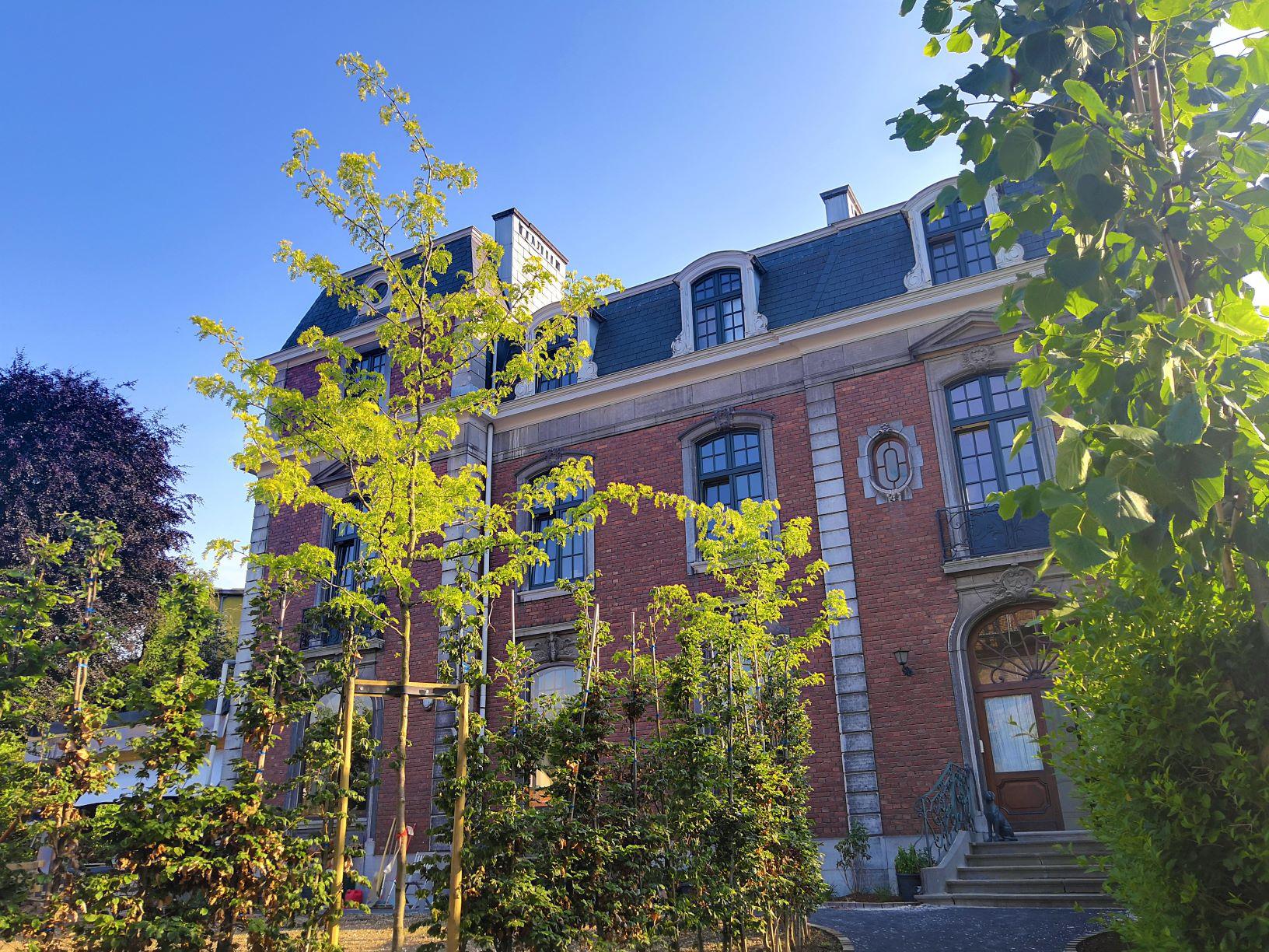 Villa de Noailles depuis entrée